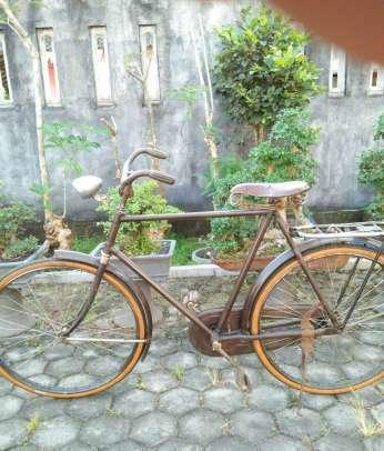 Sepeda Onthel Tua - Dijual - Indonesia   Chitku.co.id