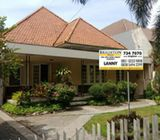 Rumah Pusat Kota Jalan Bintoro Surabaya