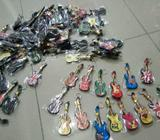 Souvenir gantungan kunci gitar - Bandar Lampung Kota - Koleksi