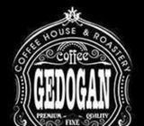 DIBUTUHKAN Staff WAITRES cafe bandung - Bandung Kota - Lowongan
