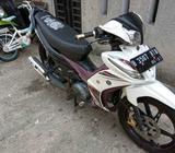 Yamaha jupiter z1 cw 2013 putih pjk hdp surat lengkap jual murah cepet - Jakarta Selatan - Motor Bek
