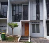 Rumah di Ciputat, Bangunan Baru 2Lt, Siap Huni dlm Cluster Modern, Legoso, Ciputat Timur
