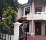 Rumah Luas, 2 Lantai, Kuldesak, 3 menitan ke Cinere Mall