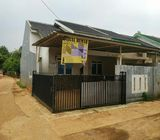 Rumah di Cileungsi 1Lt, Hoek, Siap Huni di Ciuncal, Cipeucang