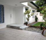 Rumah Dijual Di Cinere Estate Blok A, 1Lt, Semi Furnish, Lingk. Nyaman dan Asri, Cinere