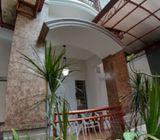 Rumah Disewakan Di Ciputat Timur, 2Lt, Furnished, Siap Huni, Townhouse di Cireundeu