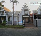 Rumah Green TamanSari, Sememi, Surabaya - Cantik, Terawat, diJalan Utama.