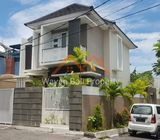 Rumah Ada Kolam Renang Di Gatsu Denpasar