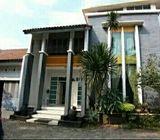 Rumah di Pondok Gede untuk Usaha Catering Lokasi Strategis Akses TOL