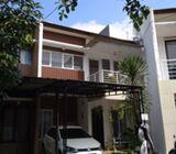 Rumah Dijual Di Pasar Minggu, 2.5Lt, Lingk. Nyaman dlm Townhouse di Poltangan