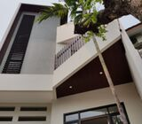 Rumah Di Tebet, Brand New Minimalis Modern 3Lt, Siap Huni, View Taman Honda, Tebet Barat