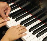 Terima les privat piano / organ / keyboard